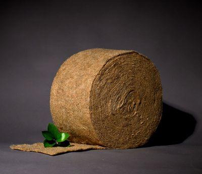 Межвенцовый утеплитель из джута (толщина ~5-6мм)